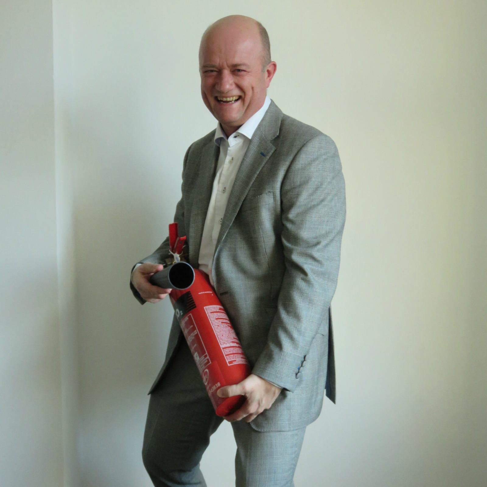 Geoff Dyckes - Managing Director Global Financial Ltd